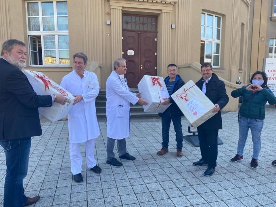 Übergabe an Uni-Medizin Rostock