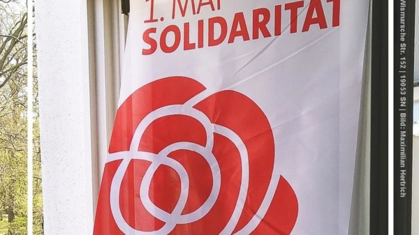 Fahne zum 1. Mai
